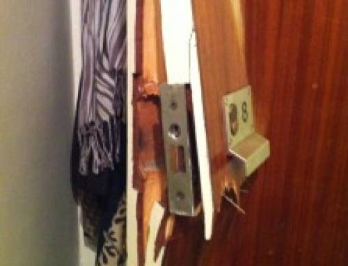 Burglary, Westbourne Gardens, London, W2 Two wooden doors smashed to pieces,10/12/14 emergencylocksmith.london